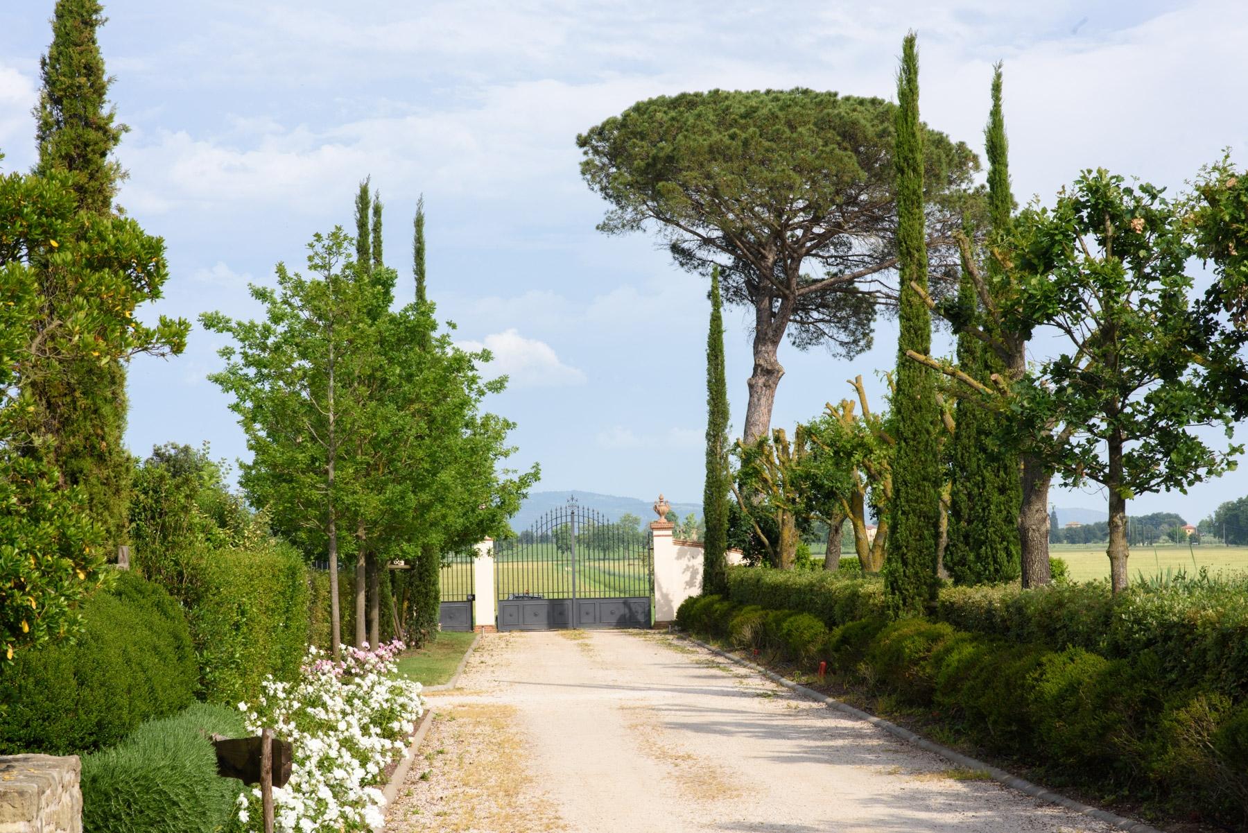 Villa in Vendita a Cortona: 5 locali, 246 mq - Foto 13