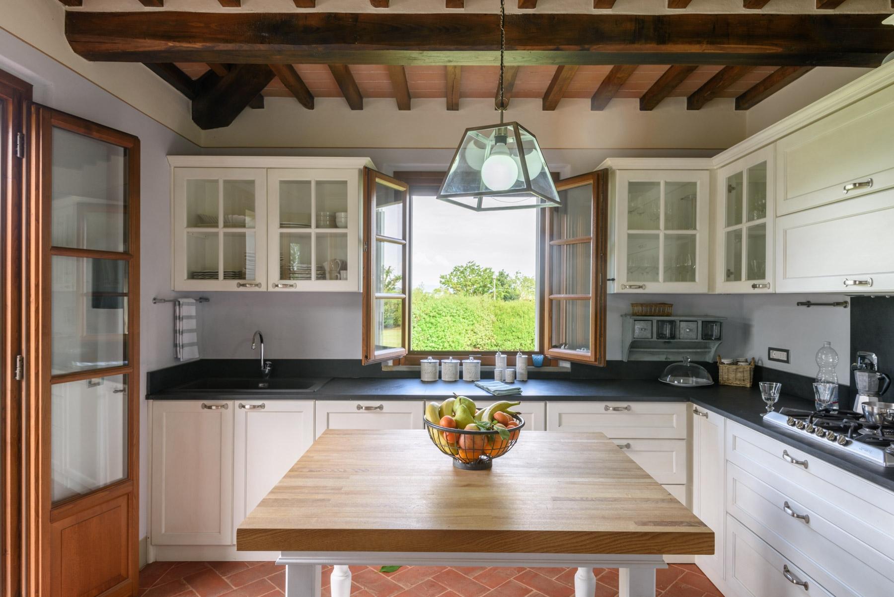 Villa in Vendita a Cortona: 5 locali, 246 mq - Foto 6