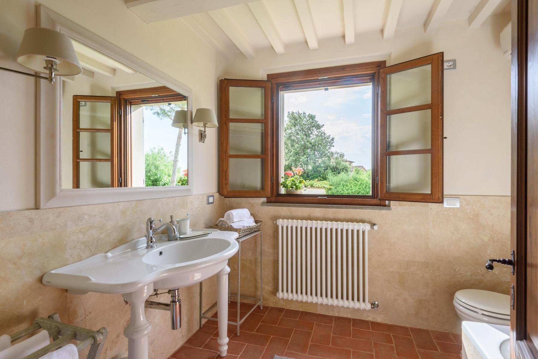 Villa in Vendita a Cortona: 5 locali, 246 mq - Foto 23