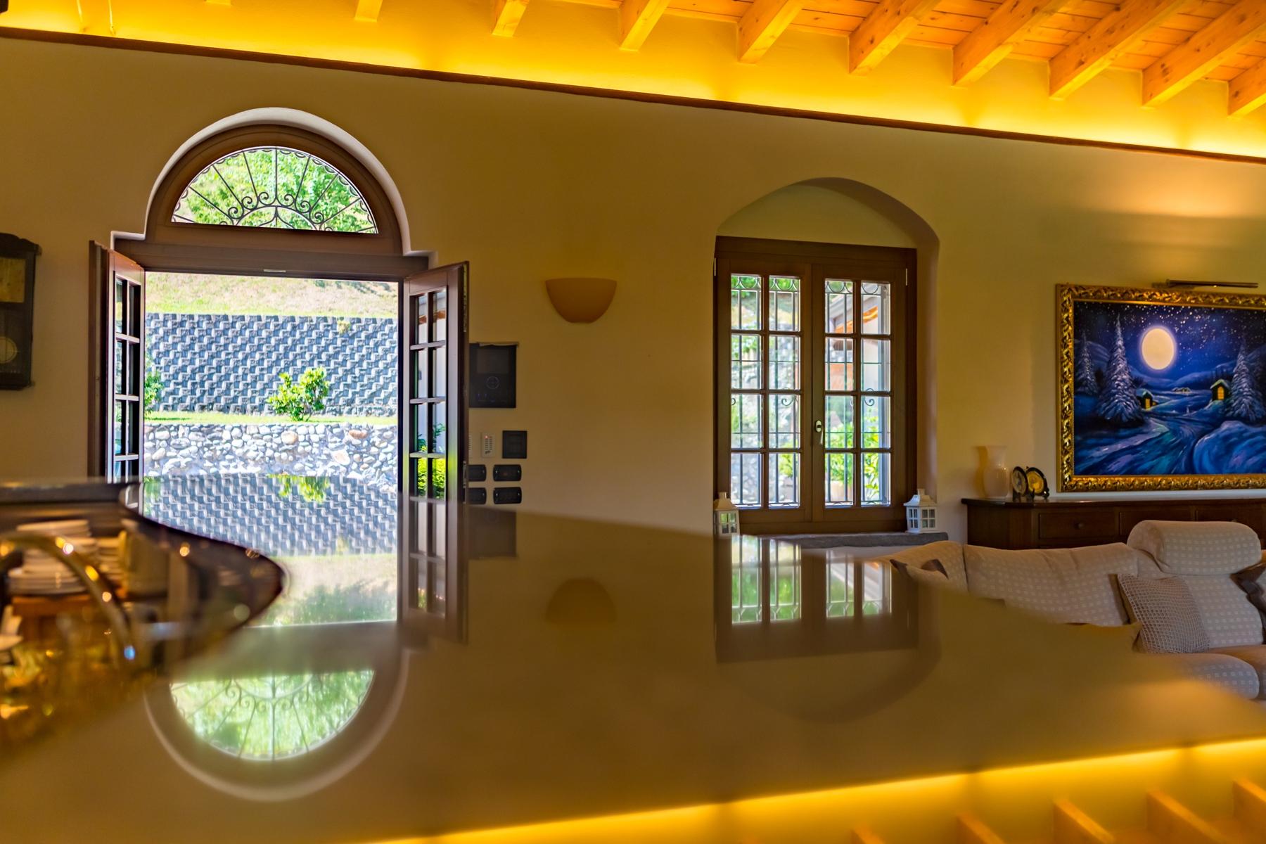 Villa in Vendita a Castelletto Sopra Ticino: 5 locali, 400 mq - Foto 11