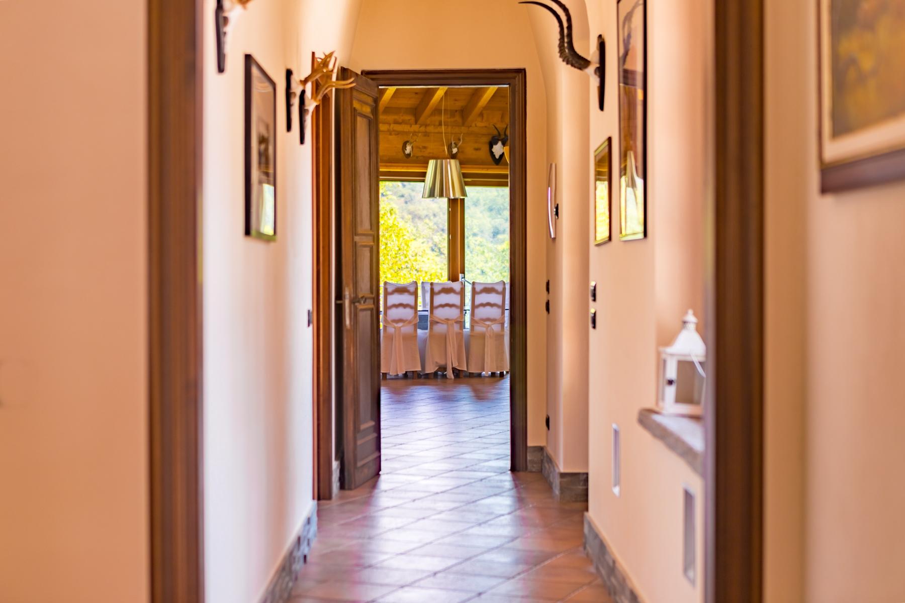 Villa in Vendita a Castelletto Sopra Ticino: 5 locali, 400 mq - Foto 6