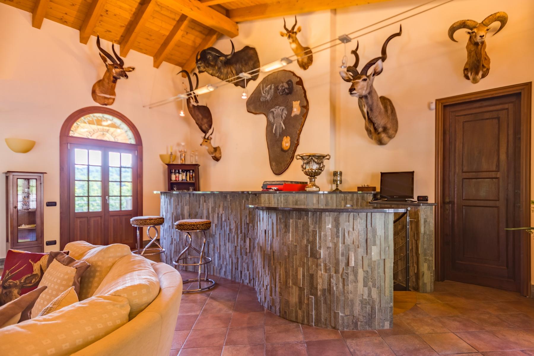 Villa in Vendita a Castelletto Sopra Ticino: 5 locali, 400 mq - Foto 9