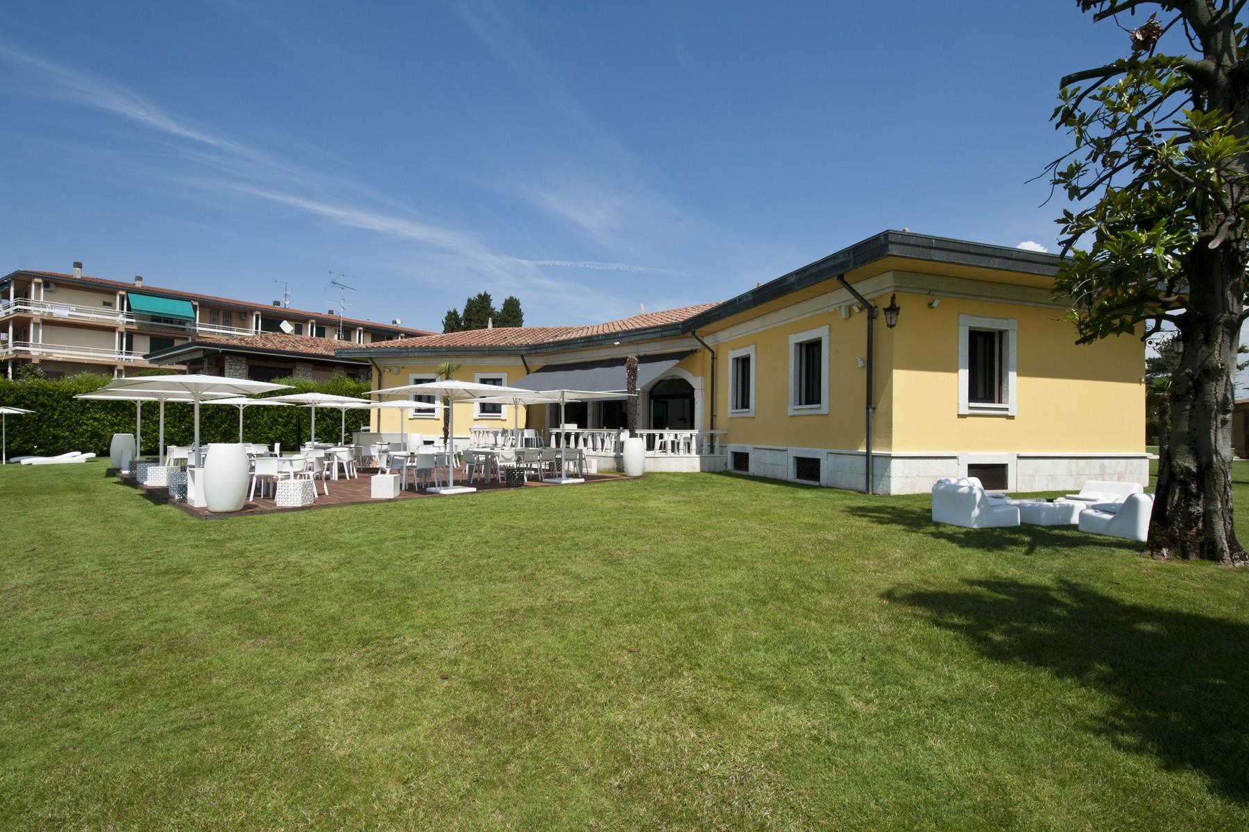 Villa in Vendita a Sirmione: 5 locali, 550 mq - Foto 8