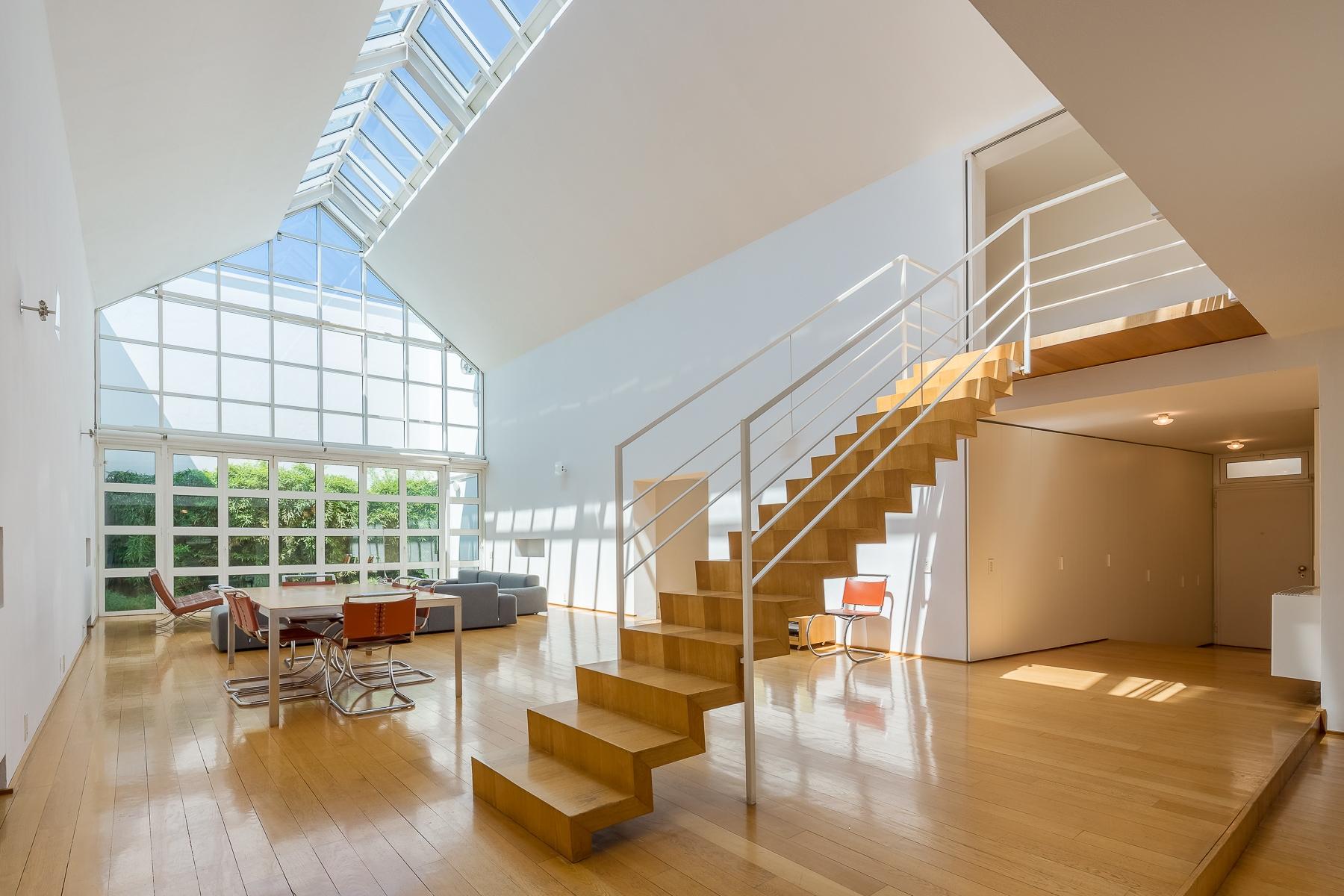 Appartamento in Vendita a Milano 07 Darsena /  Ticinese: 5 locali, 380 mq