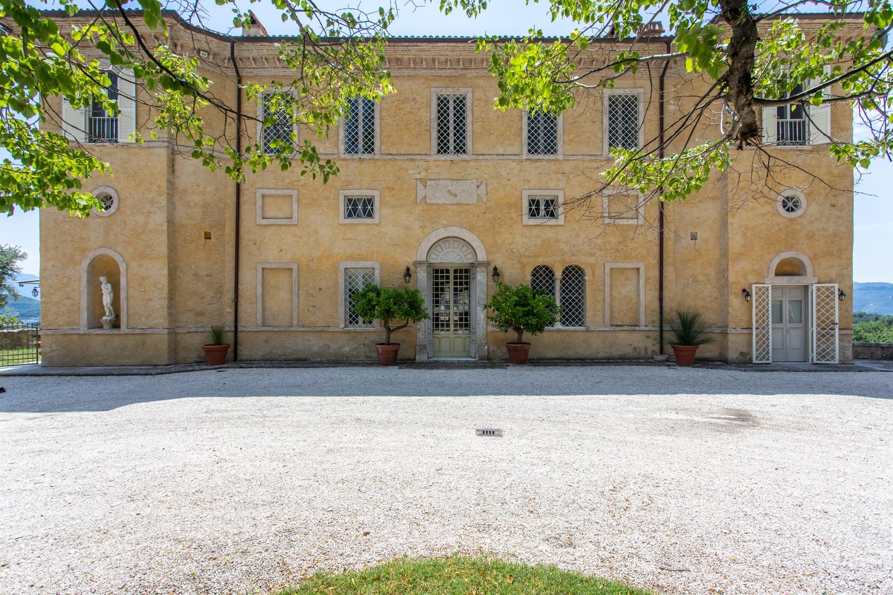 Villa in Vendita a Rieti: 5 locali, 1230 mq - Foto 4