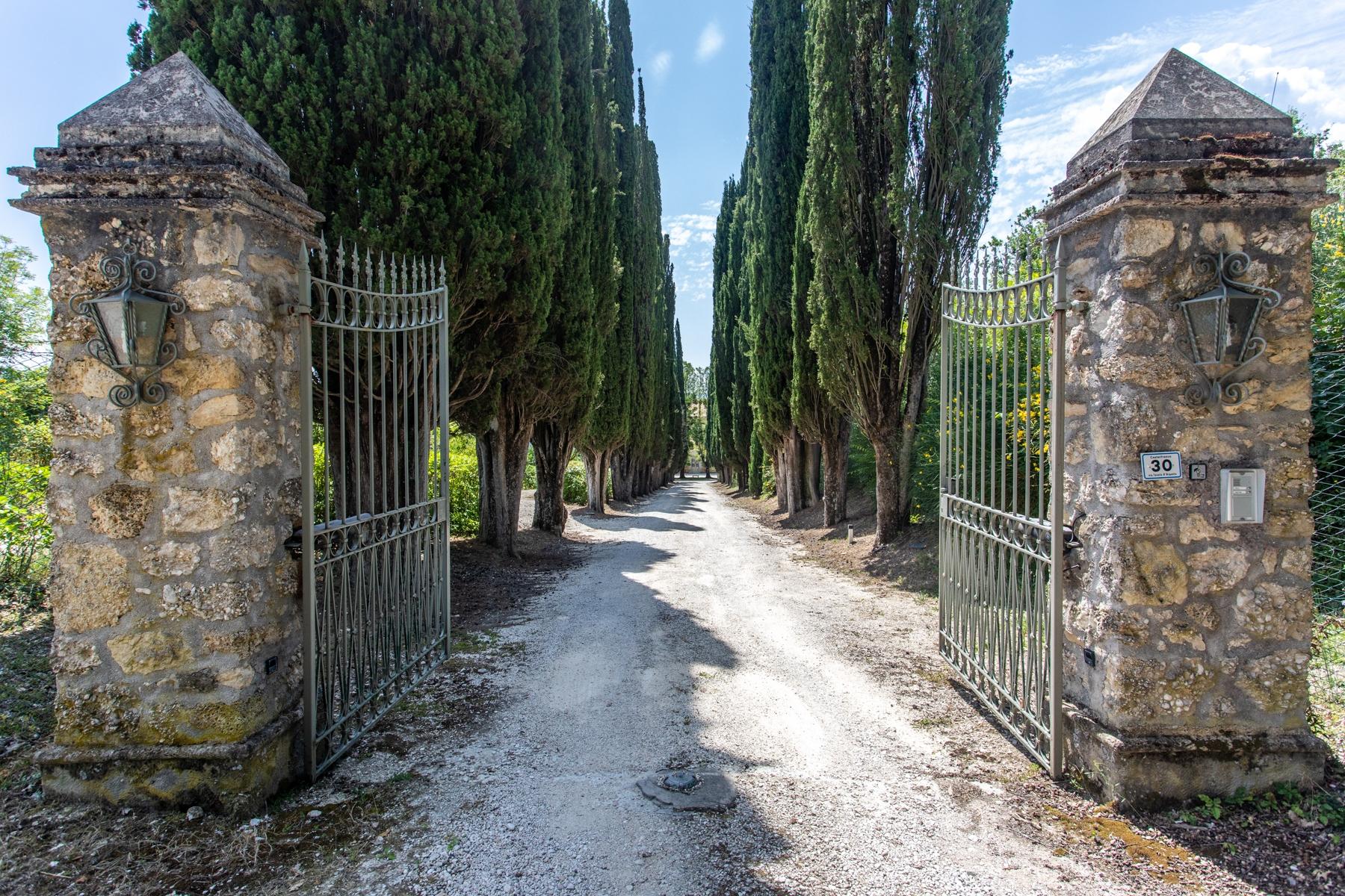Villa in Vendita a Rieti: 5 locali, 1230 mq - Foto 12