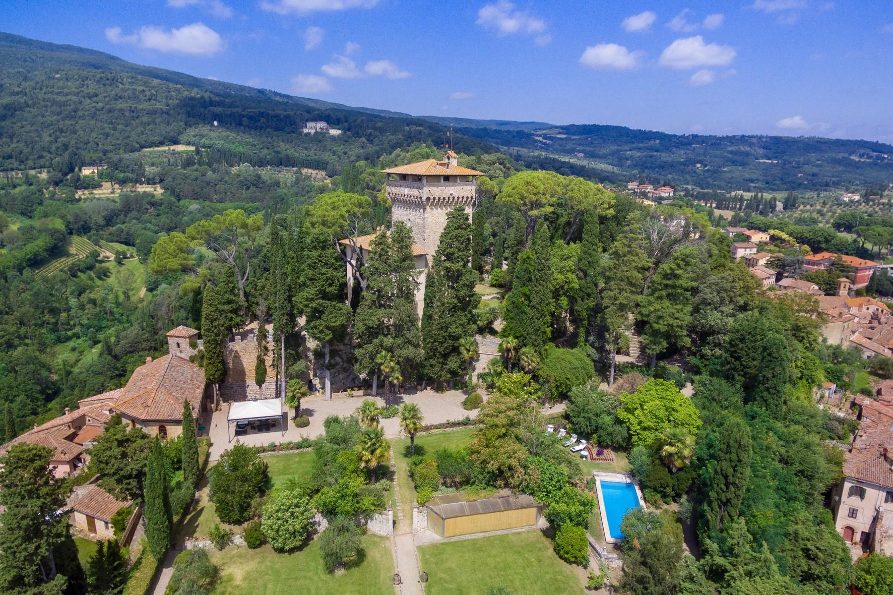 Villa in Vendita a Cetona via volpini