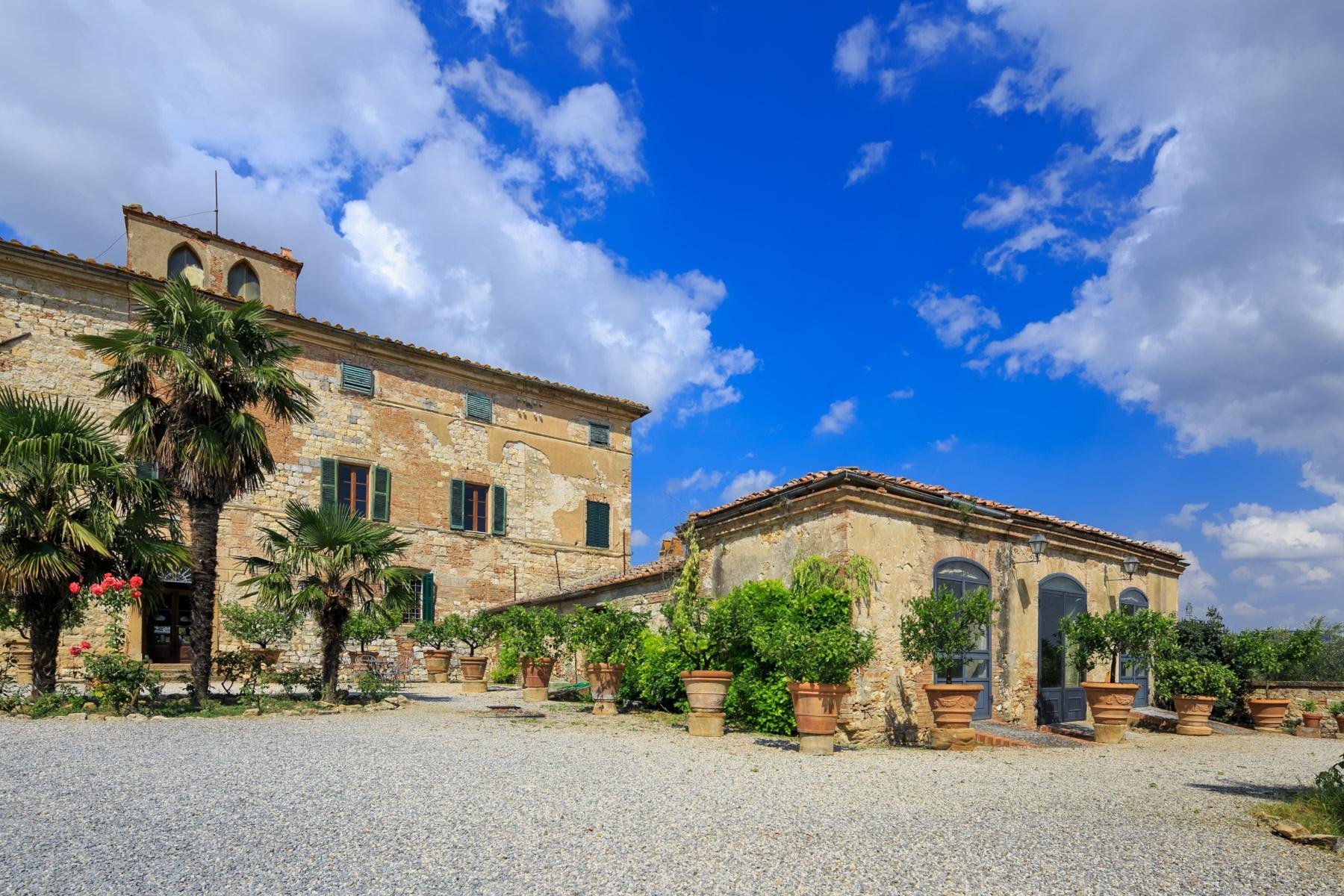 Villa in Vendita a Trequanda: 5 locali, 5200 mq - Foto 2