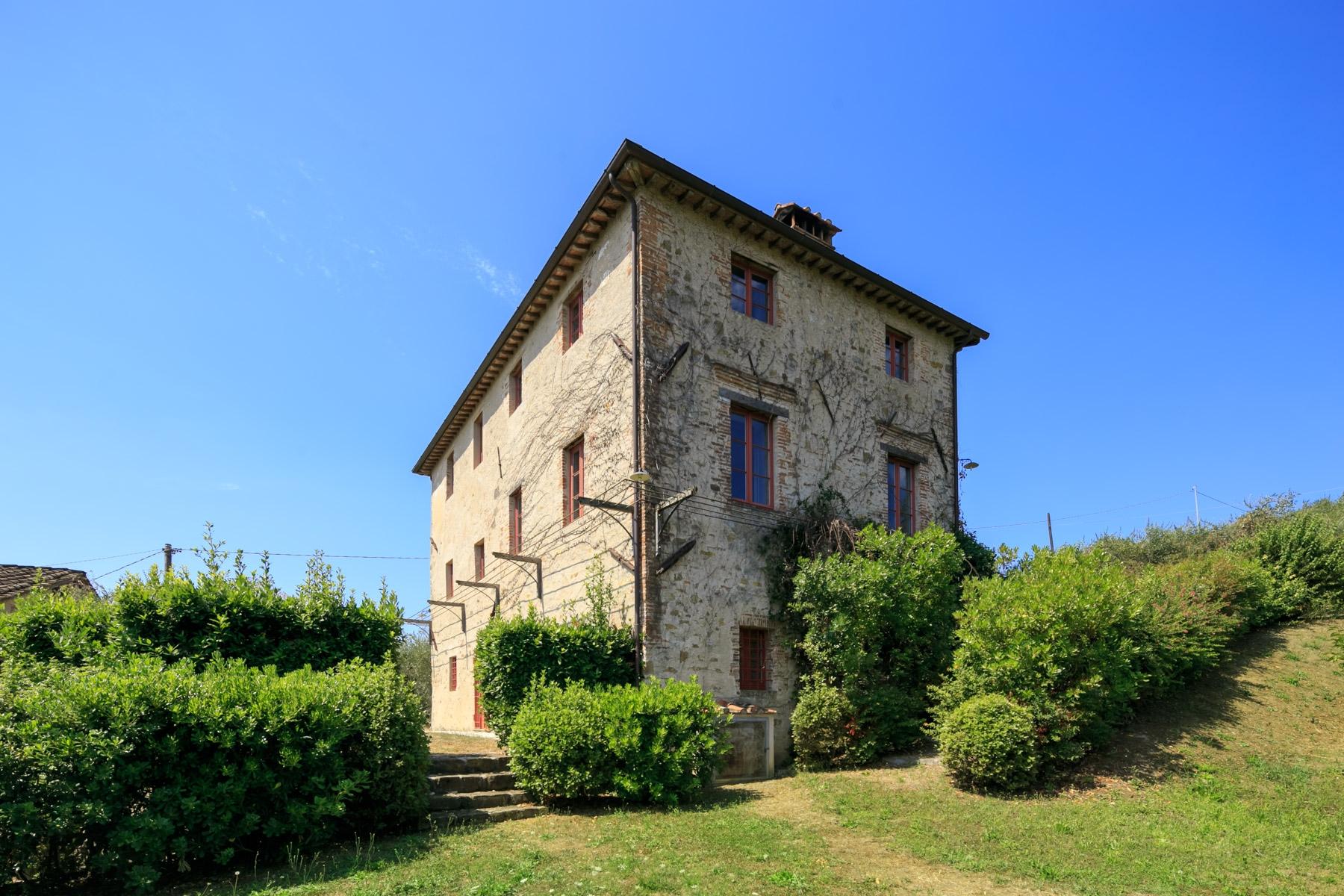 Villa in Vendita a Lucca: 5 locali, 225 mq - Foto 2