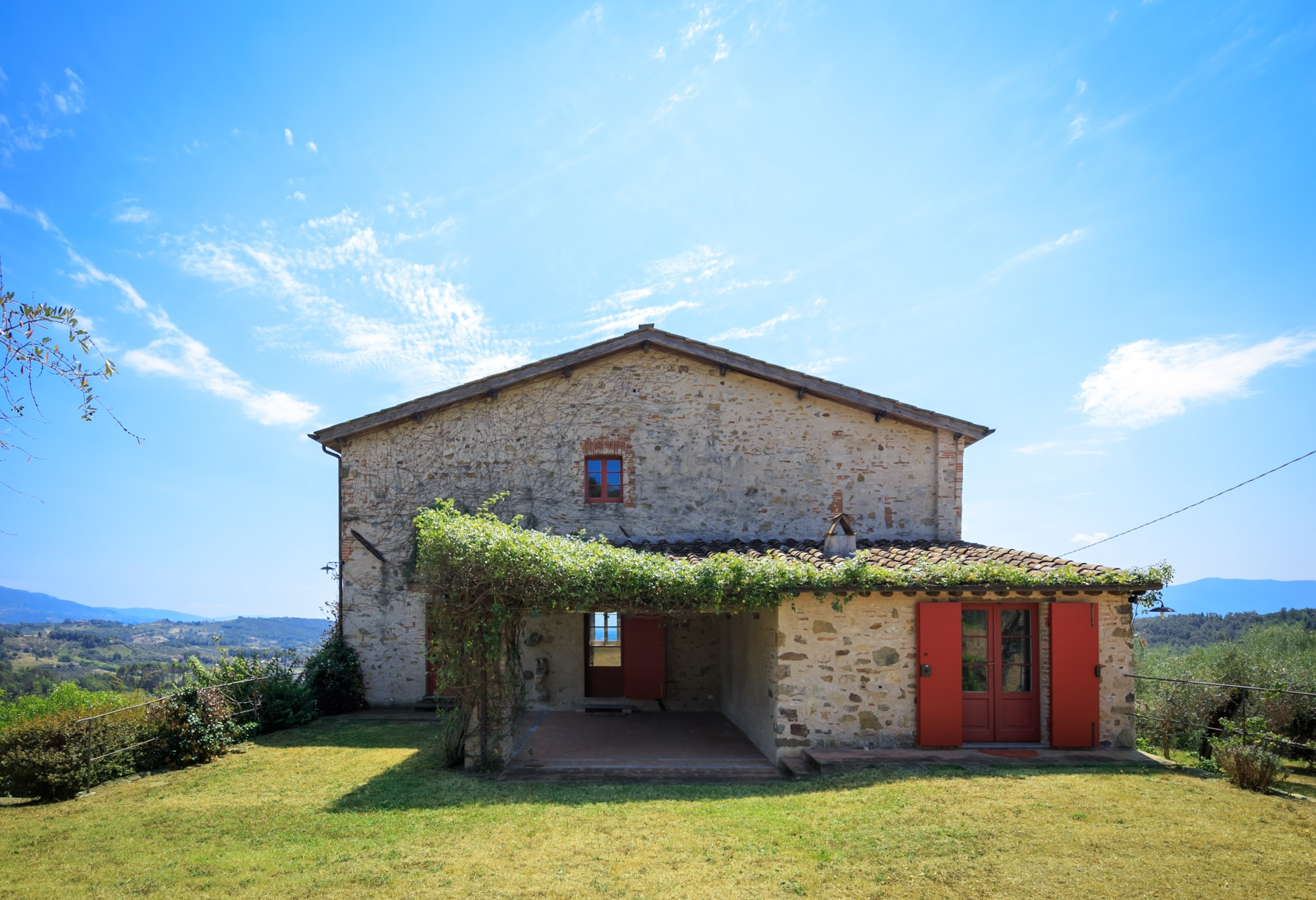 Villa in Vendita a Lucca via onagrog