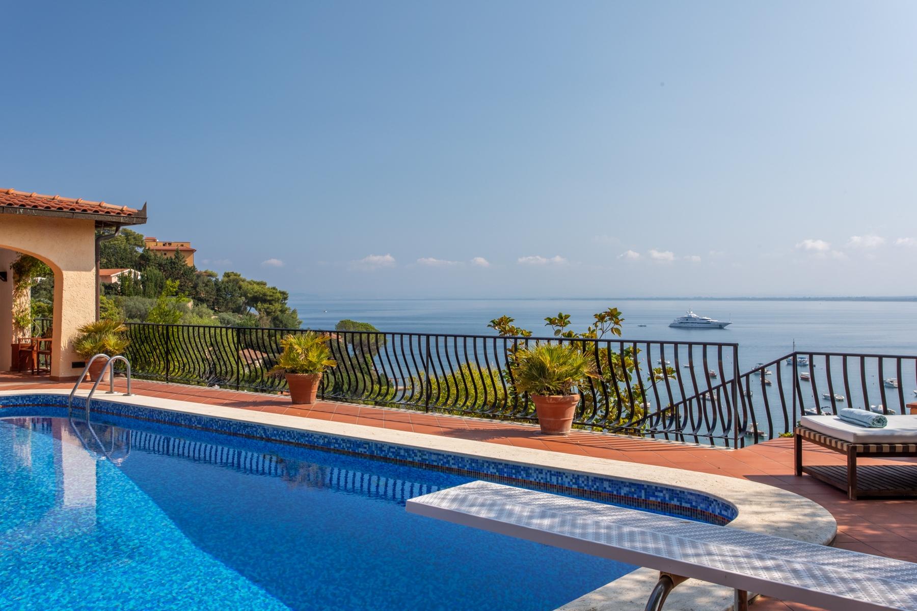 Villa in Vendita a Monte Argentario: 5 locali, 500 mq