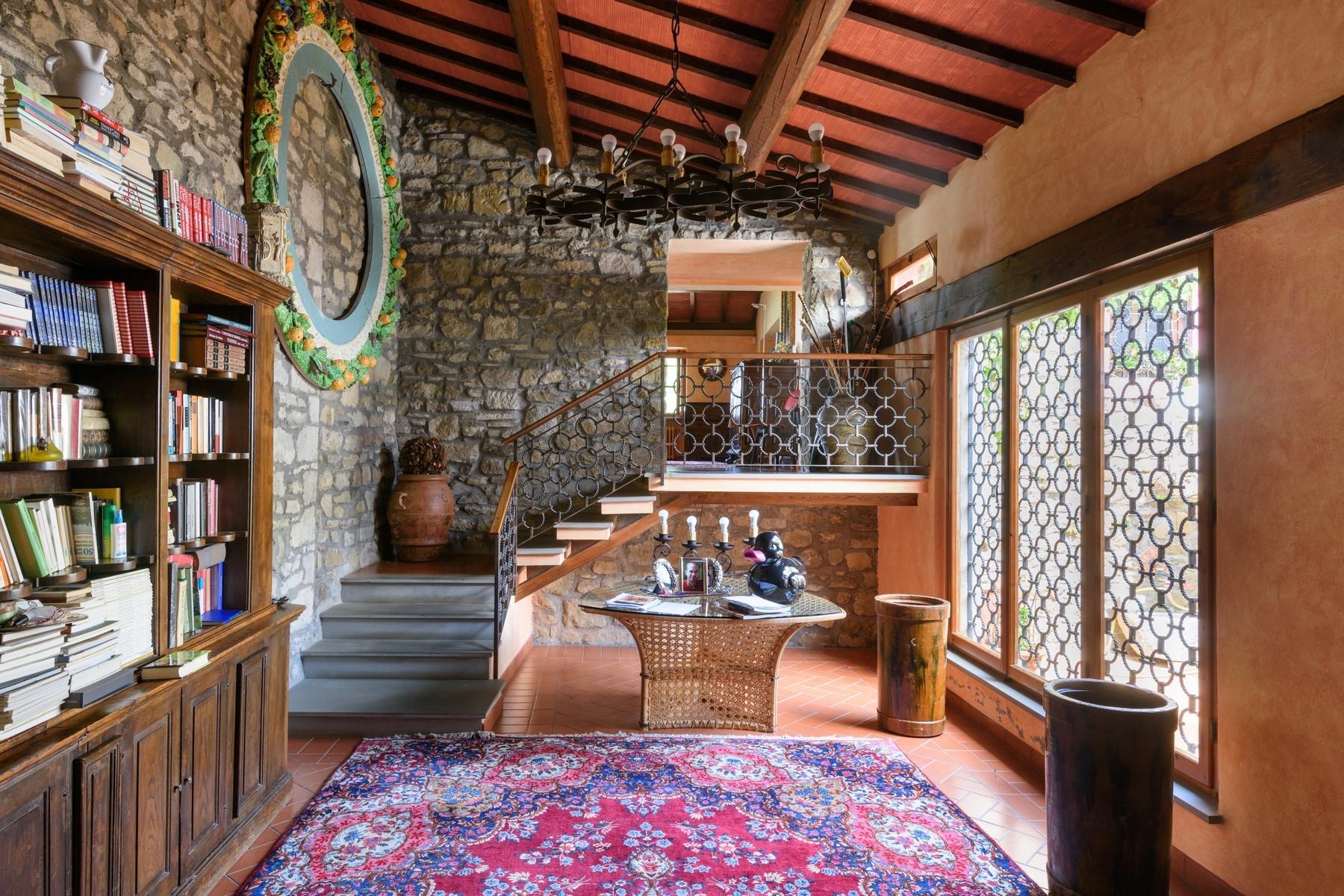 Villa in Vendita a Greve In Chianti: 5 locali, 491 mq - Foto 4