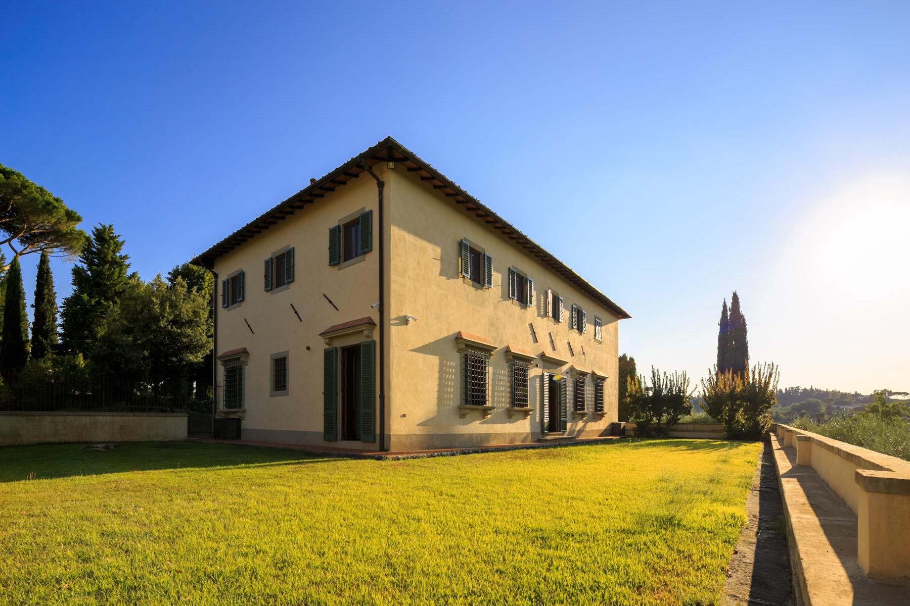 Villa in Vendita a Firenze via di santa margherita a montici