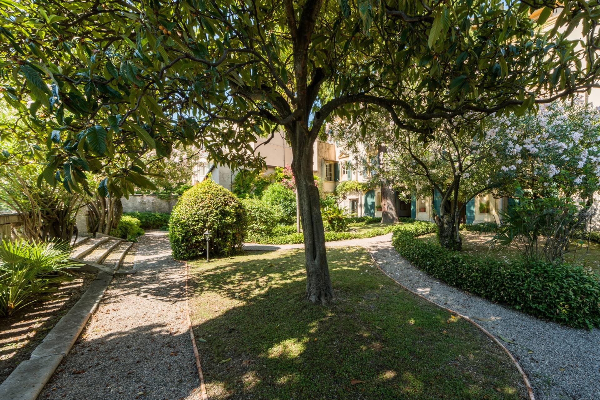 Appartamento in Vendita a Toscolano-Maderno: 5 locali, 480 mq - Foto 12