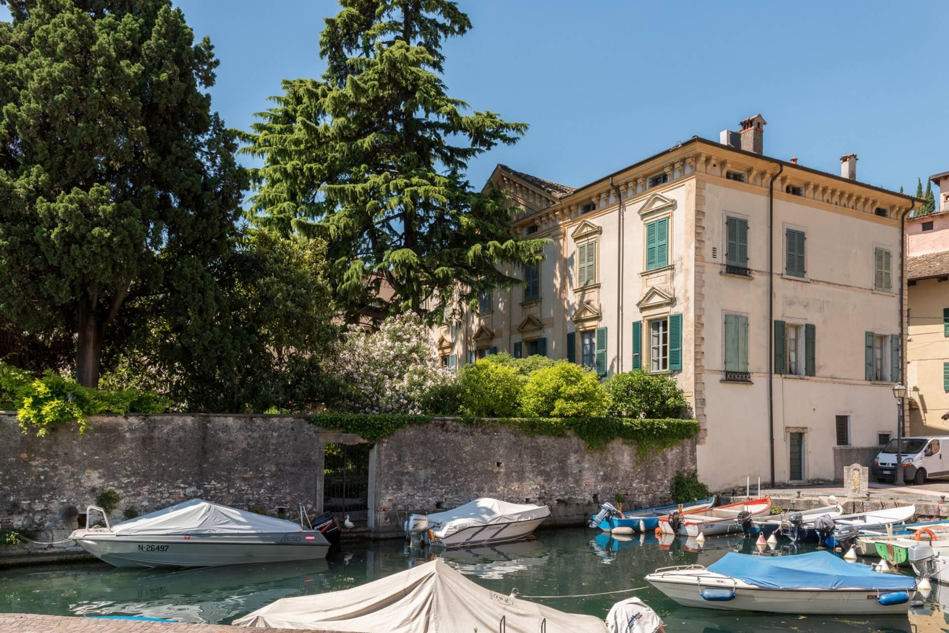 Appartamento in Vendita a Toscolano-Maderno: 5 locali, 480 mq - Foto 16
