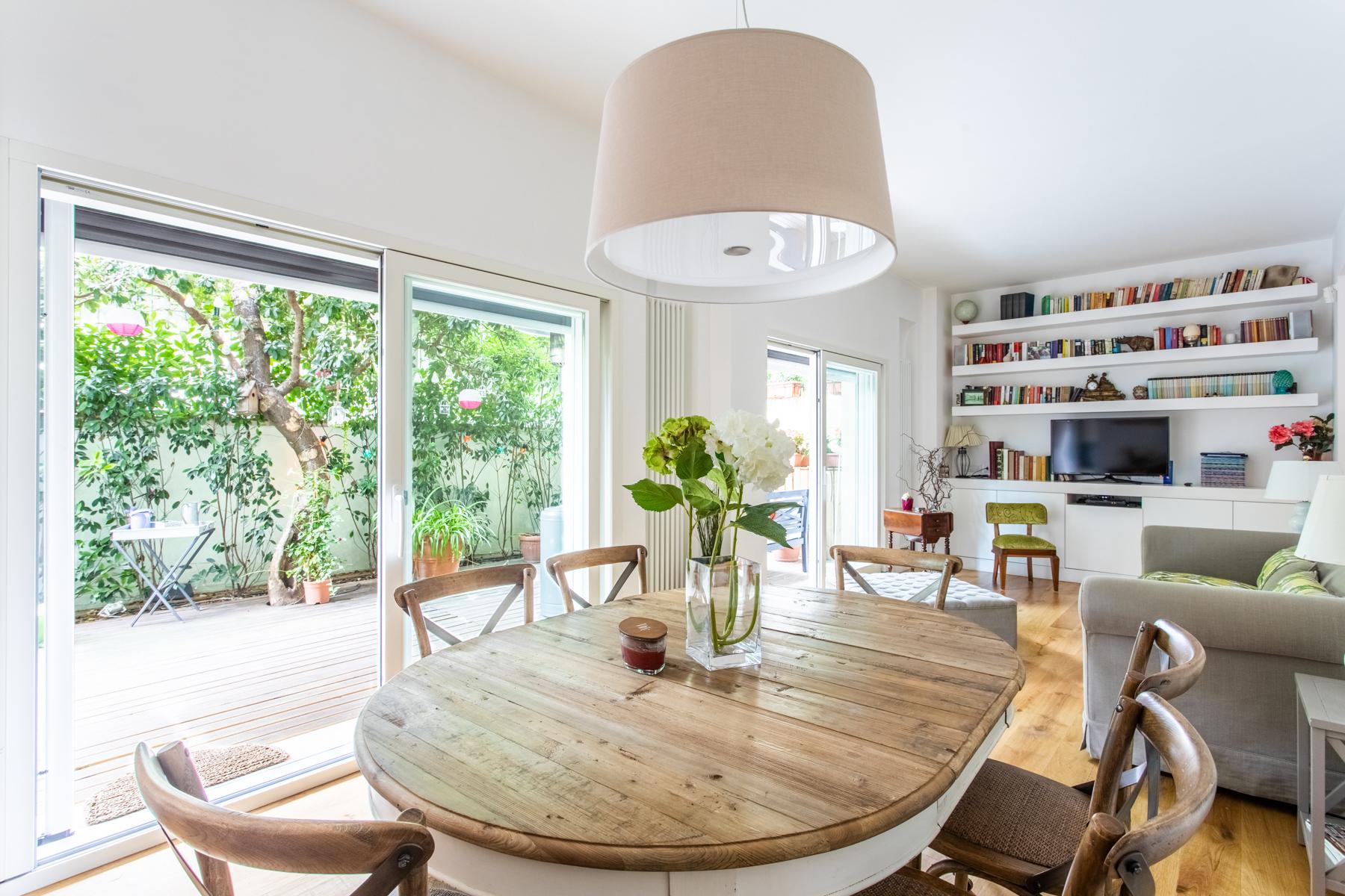 Appartamento in Vendita a Roma 18 Aventino / San Saba: 5 locali, 100 mq