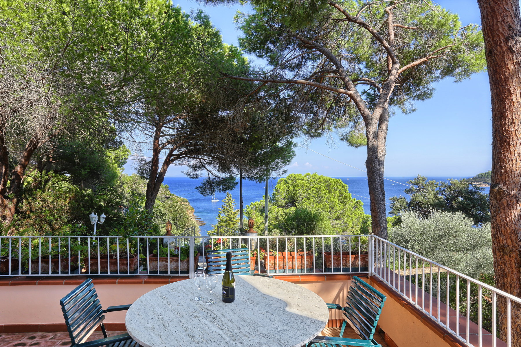 Villa in Vendita a Capoliveri: 5 locali, 300 mq - Foto 2
