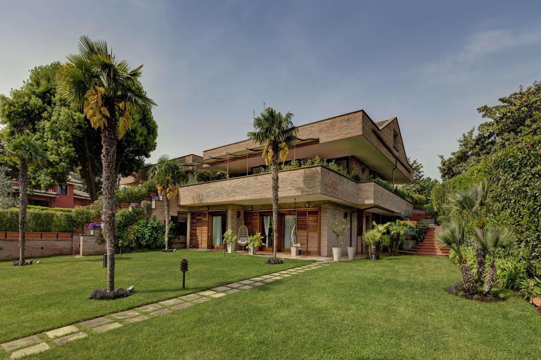 Villa in Vendita a Roma 36 Cassia / Olgiata: 5 locali, 590 mq