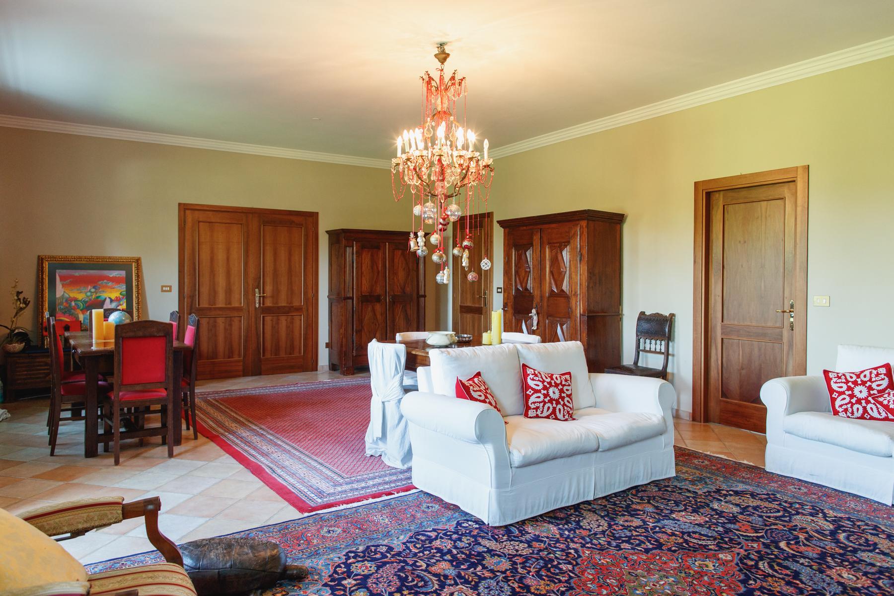 Casa indipendente in Vendita a Moncalieri: 5 locali, 370 mq - Foto 13