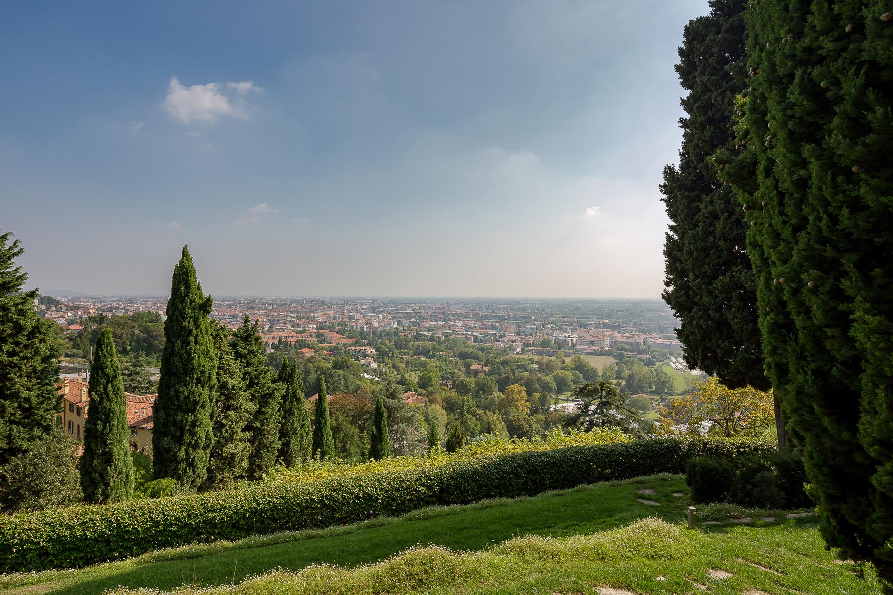 Villa in Vendita a Bergamo: 5 locali, 650 mq - Foto 17