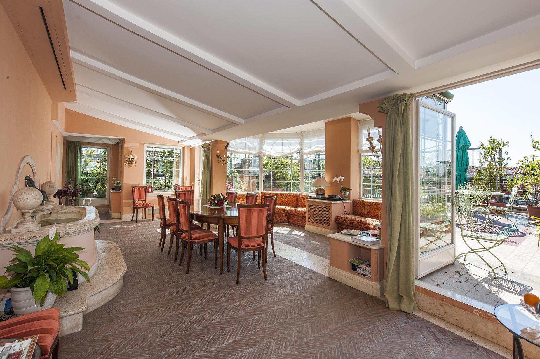 Attico di lusso in affitto a roma via giovanni paisiello for Affitto castello roma