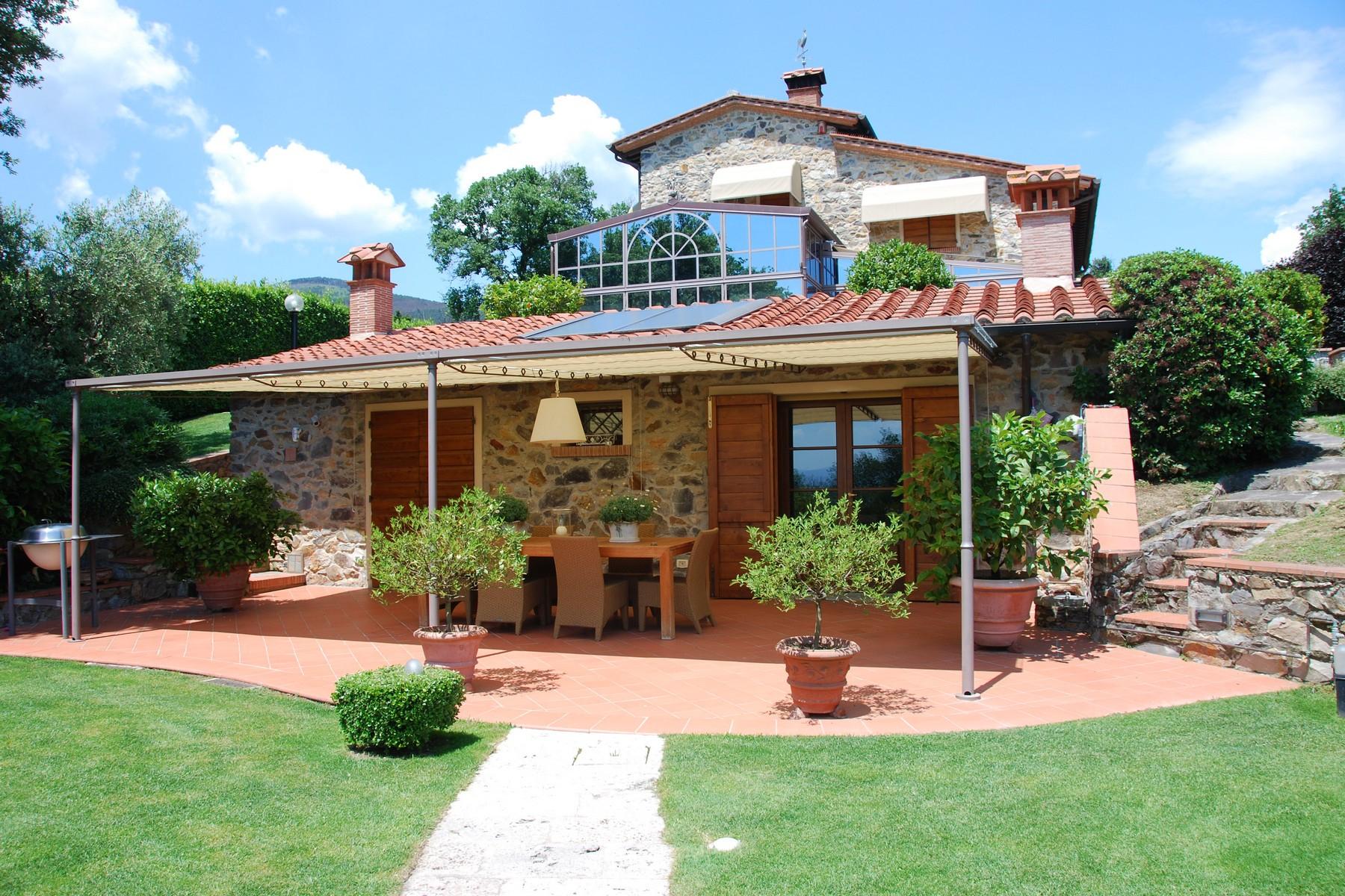 Villa in Vendita a Buti: 5 locali, 400 mq - Foto 2