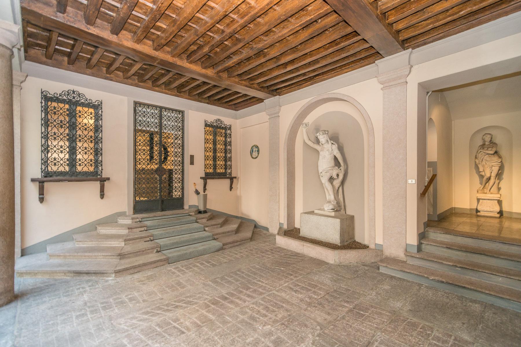 Appartamento in Vendita a Milano 01 Centro storico (Cerchia dei Navigli): 2 locali, 71 mq