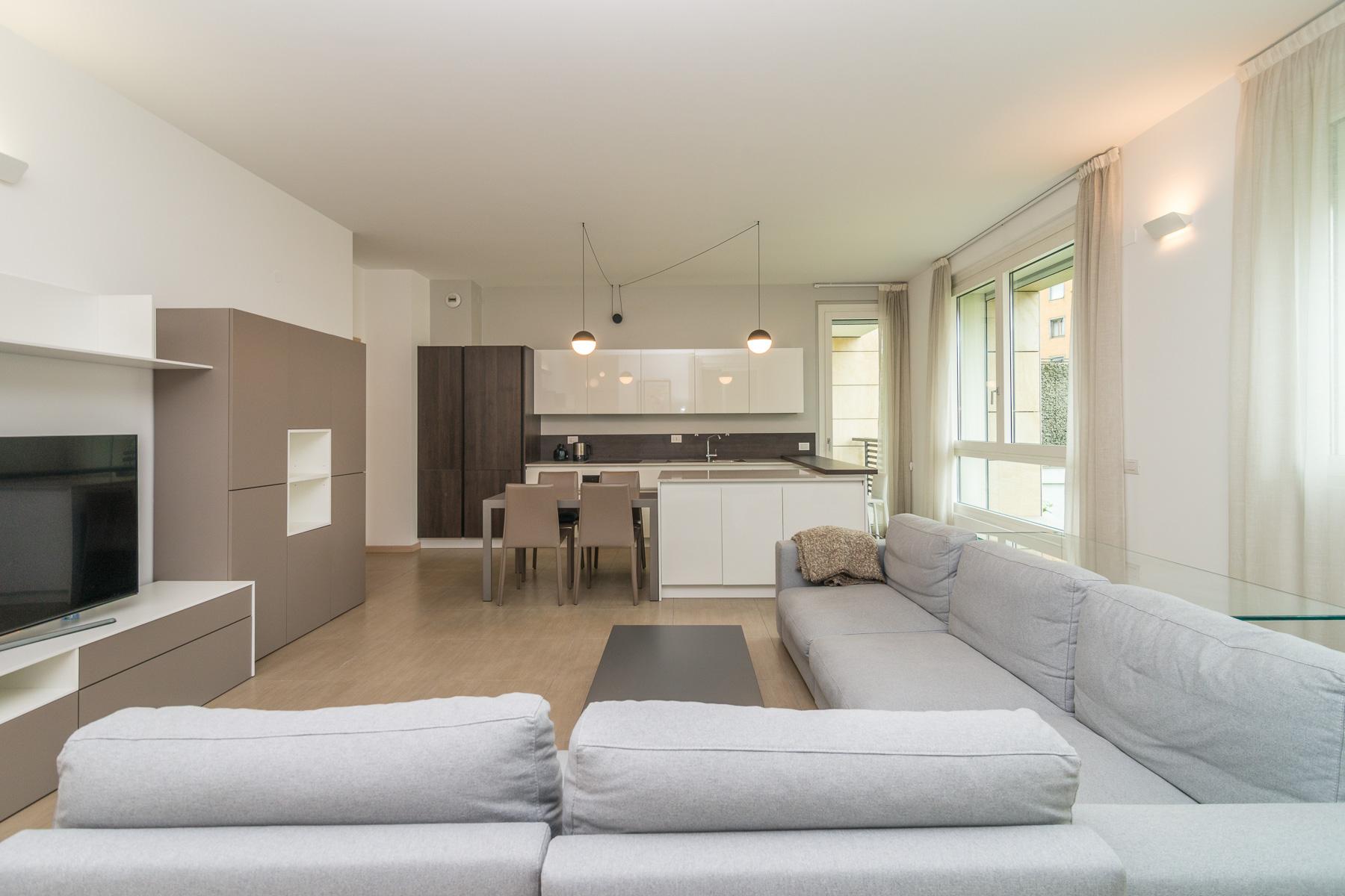 Appartamento in Vendita a Milano via g. papini