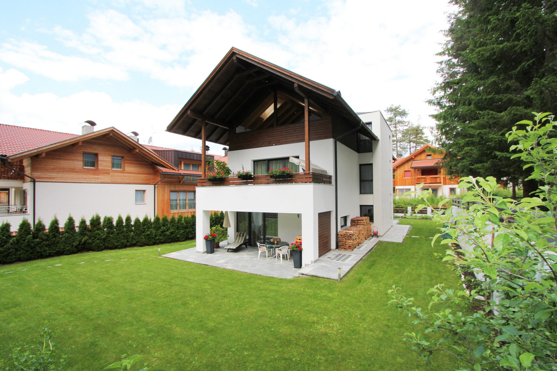 Villa in Vendita a Marebbe: 5 locali, 240 mq