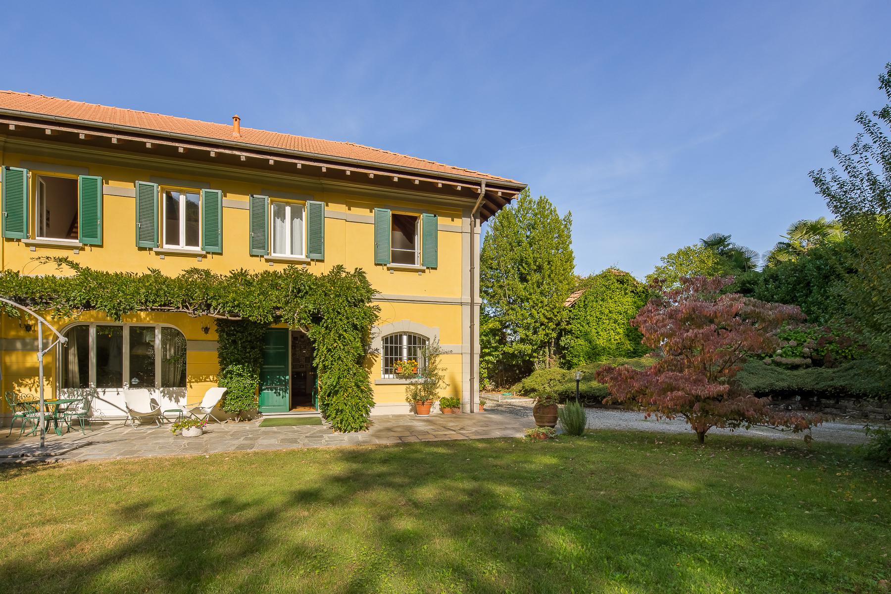 Villa in Vendita a Stresa via selvalunga