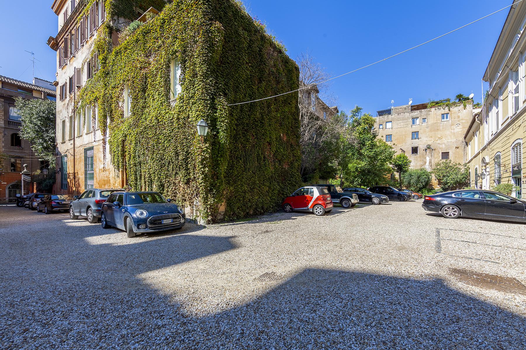 Ufficio-studio in Vendita a Roma: 5 locali, 772 mq - Foto 3