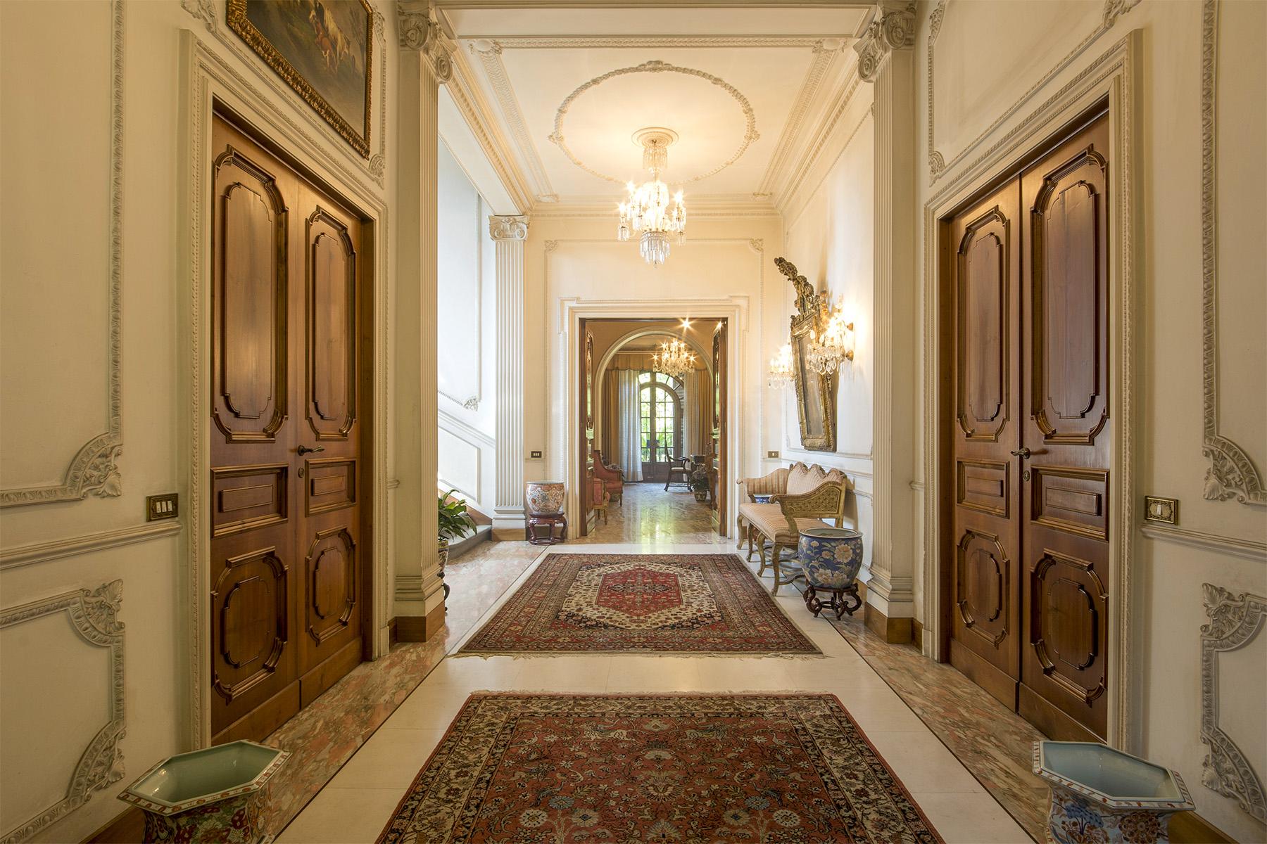 Villa in Vendita a Montecatini-Terme via bassi