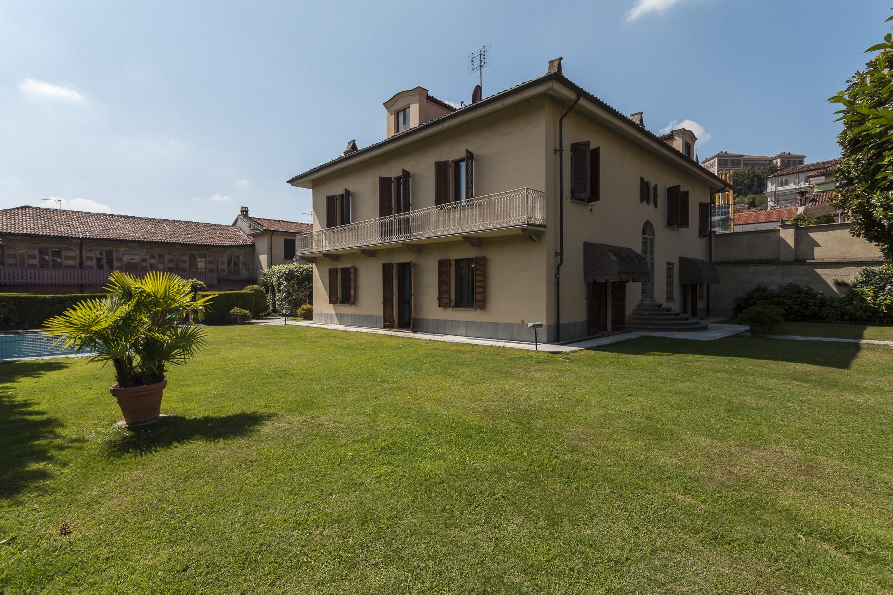 Villa in Vendita a Rivoli via ospedale