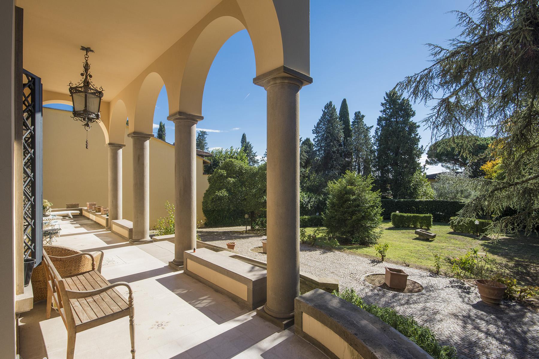 Villa in Vendita a Firenze via di montughi
