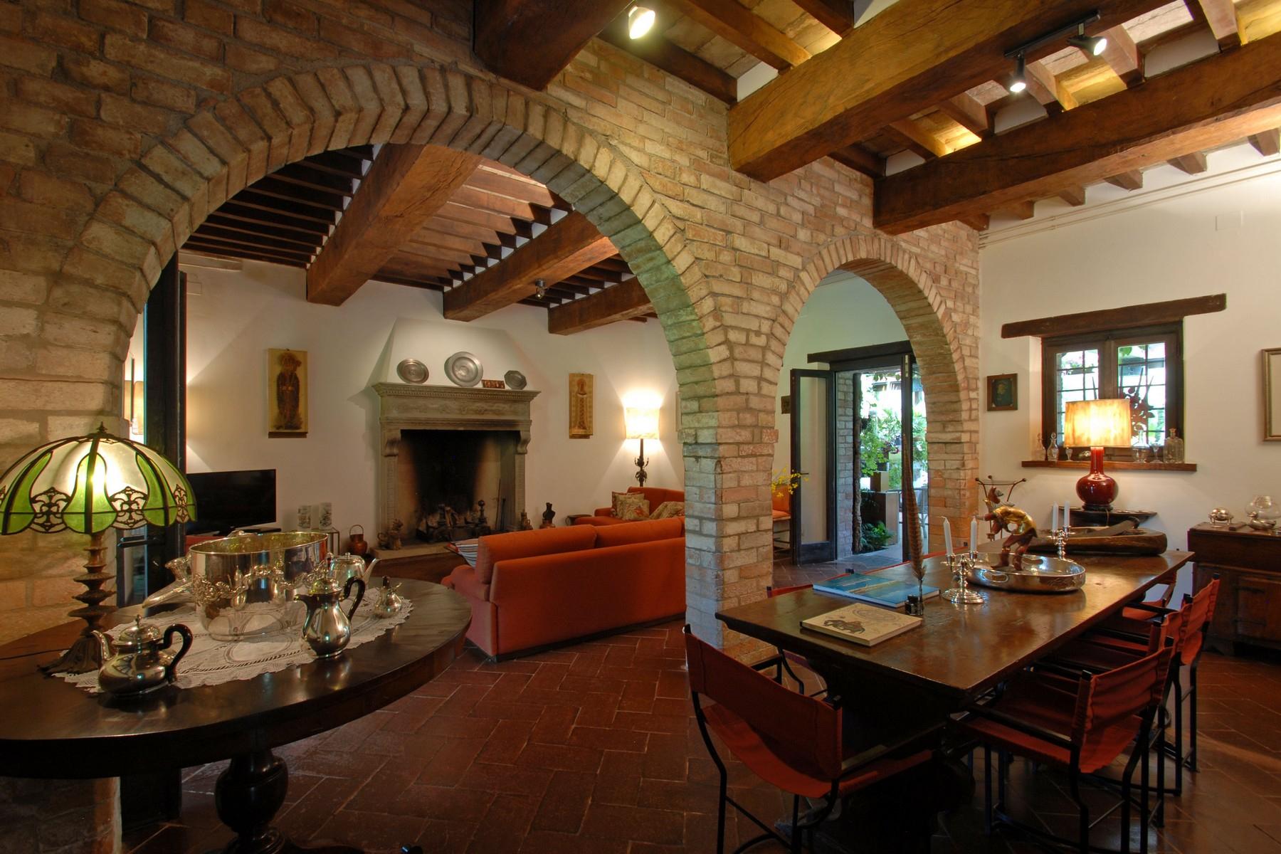 Villa in Vendita a Corciano: 5 locali, 650 mq - Foto 8