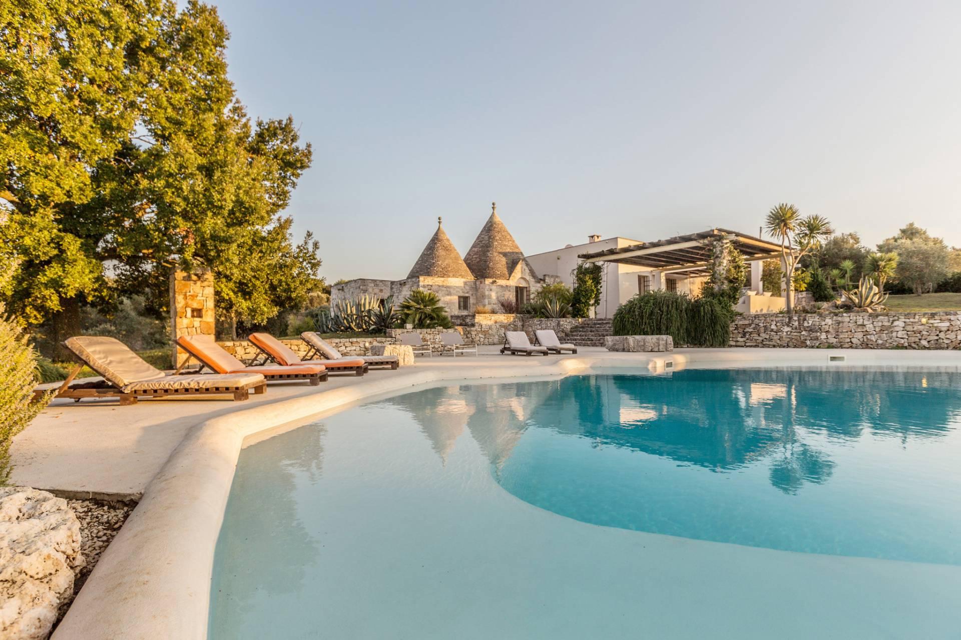 Villa in Vendita a Ostuni: 5 locali, 189 mq
