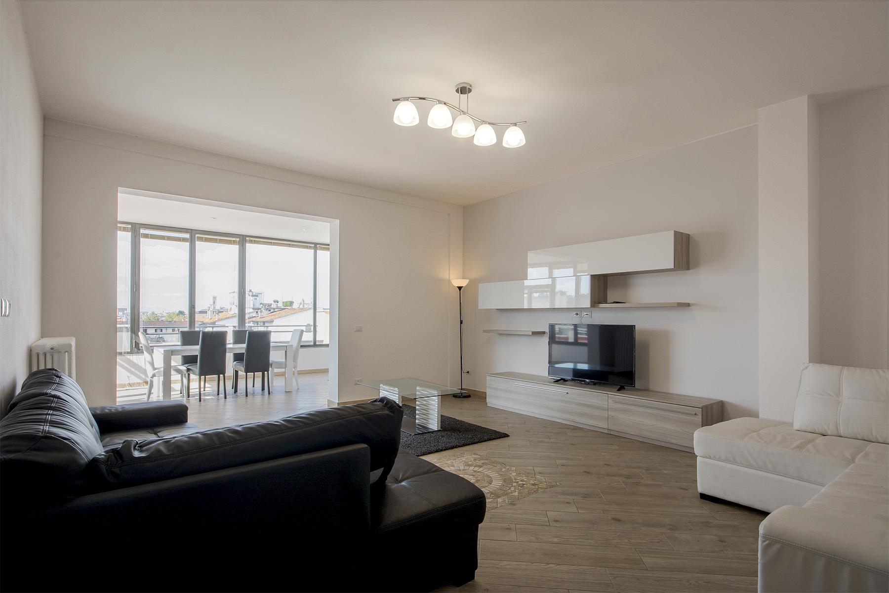 Appartamento in Affitto a Firenze: 5 locali, 170 mq - Foto 2