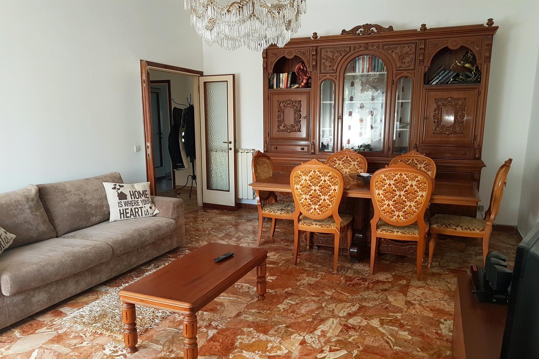 Appartamento in Vendita a Firenze via aretina