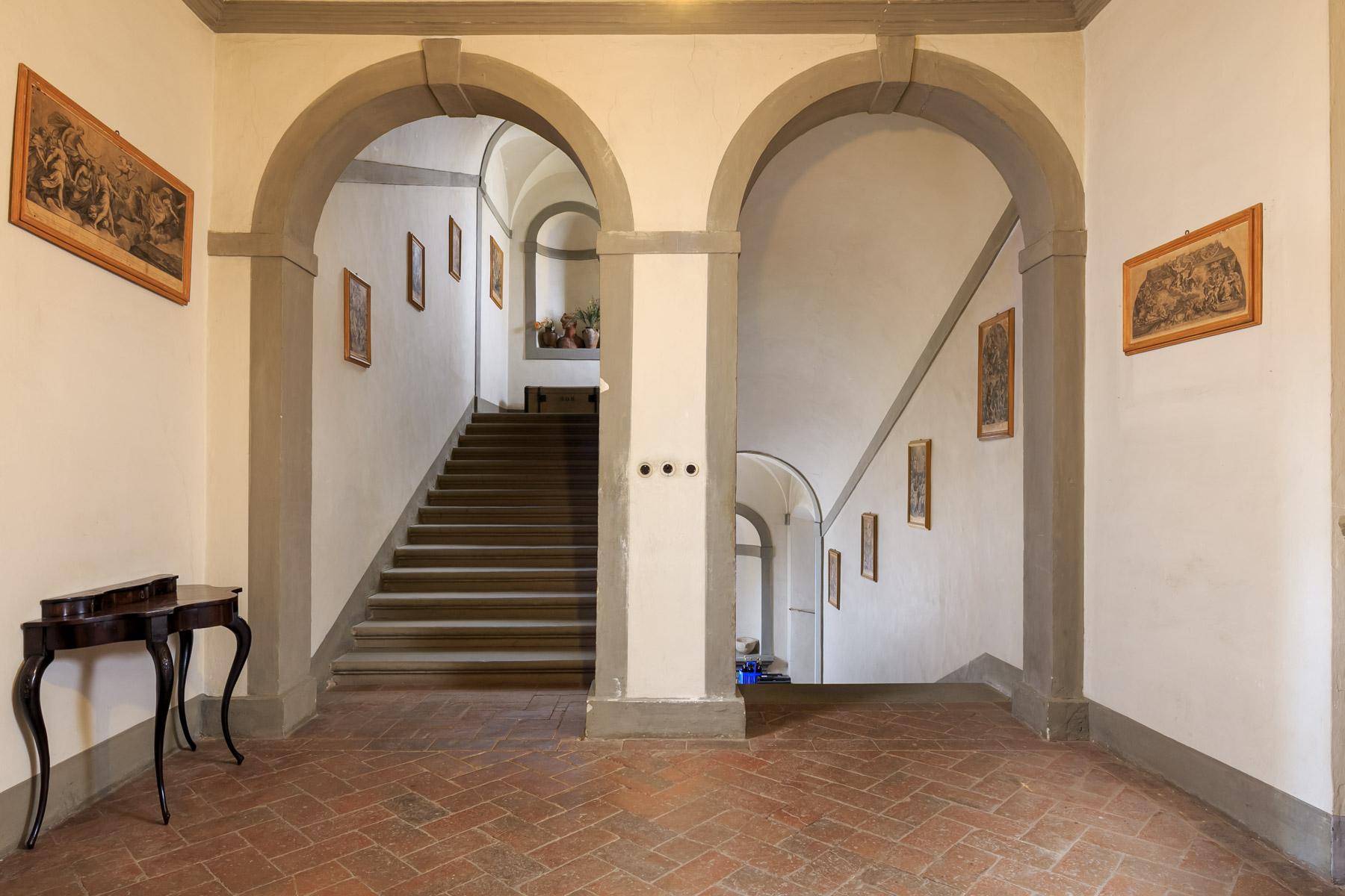 Villa in Vendita a Pescia: 5 locali, 1900 mq - Foto 5