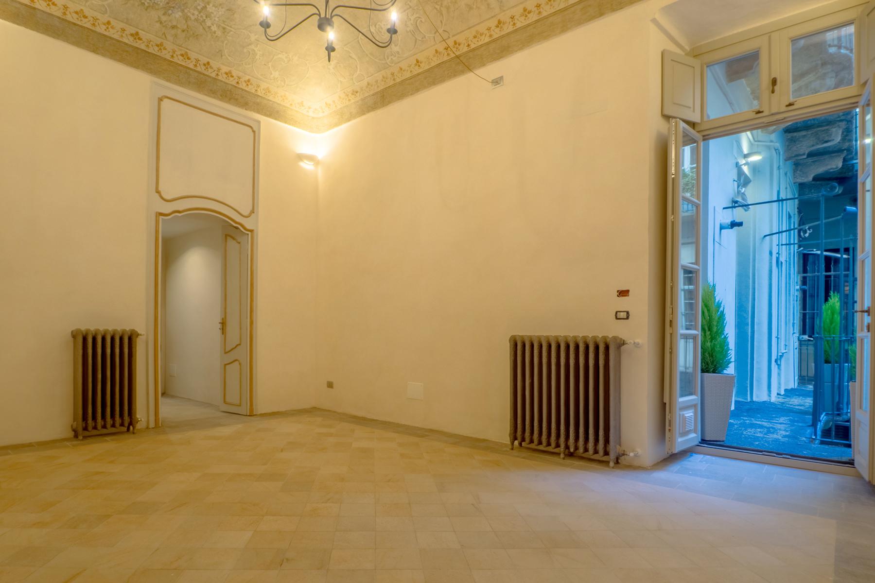 Appartamento in Vendita a Torino Centro: 2 locali, 75 mq
