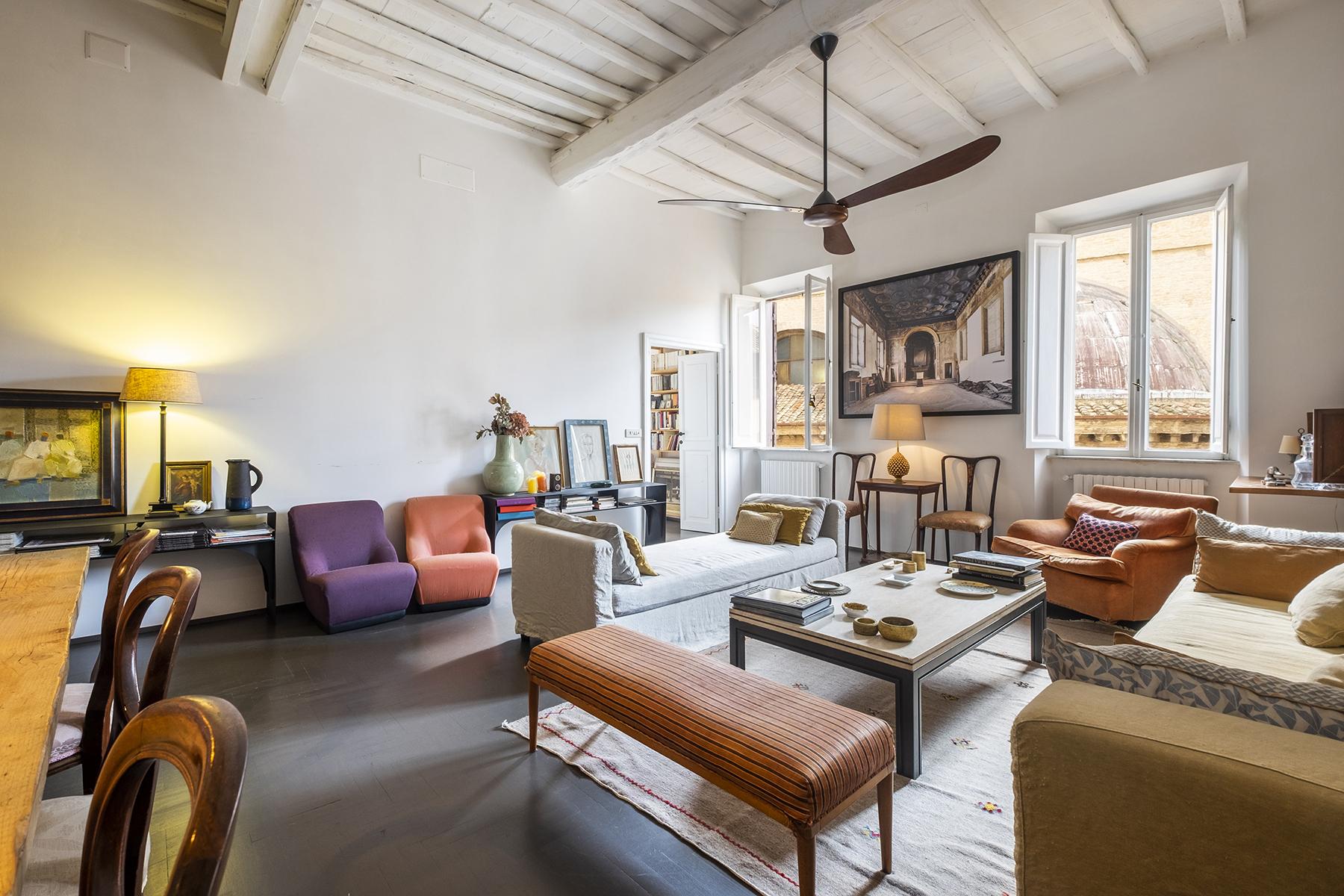 Appartamento di lusso in vendita a roma via del babuino for Affitto studio ad ore roma