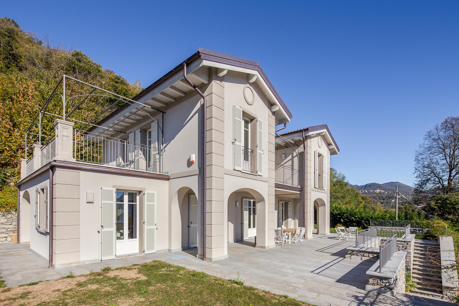 Villa in Vendita a Verbania: 5 locali, 419 mq - Foto 3