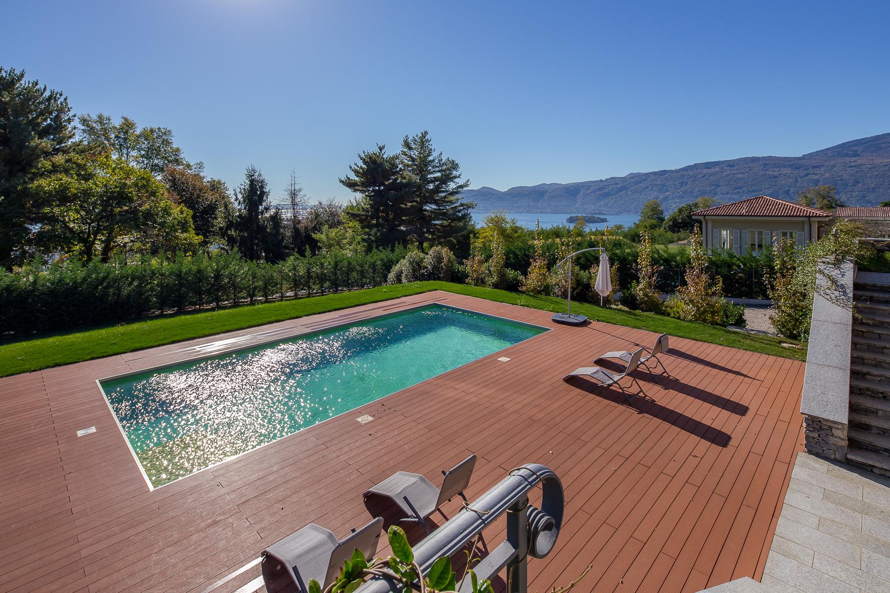 Villa in Vendita a Verbania: 5 locali, 419 mq - Foto 4