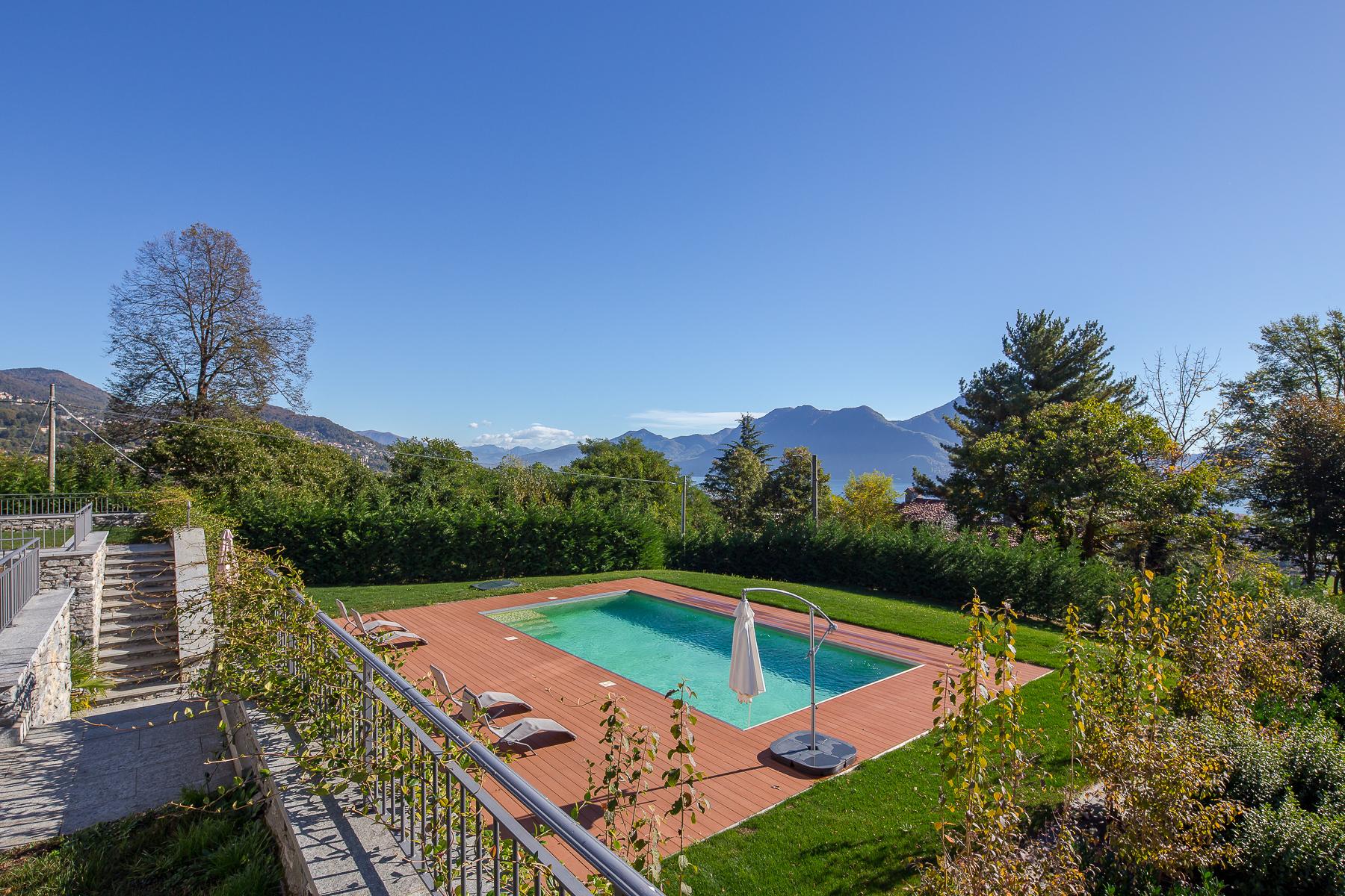 Villa in Vendita a Verbania: 5 locali, 419 mq - Foto 5