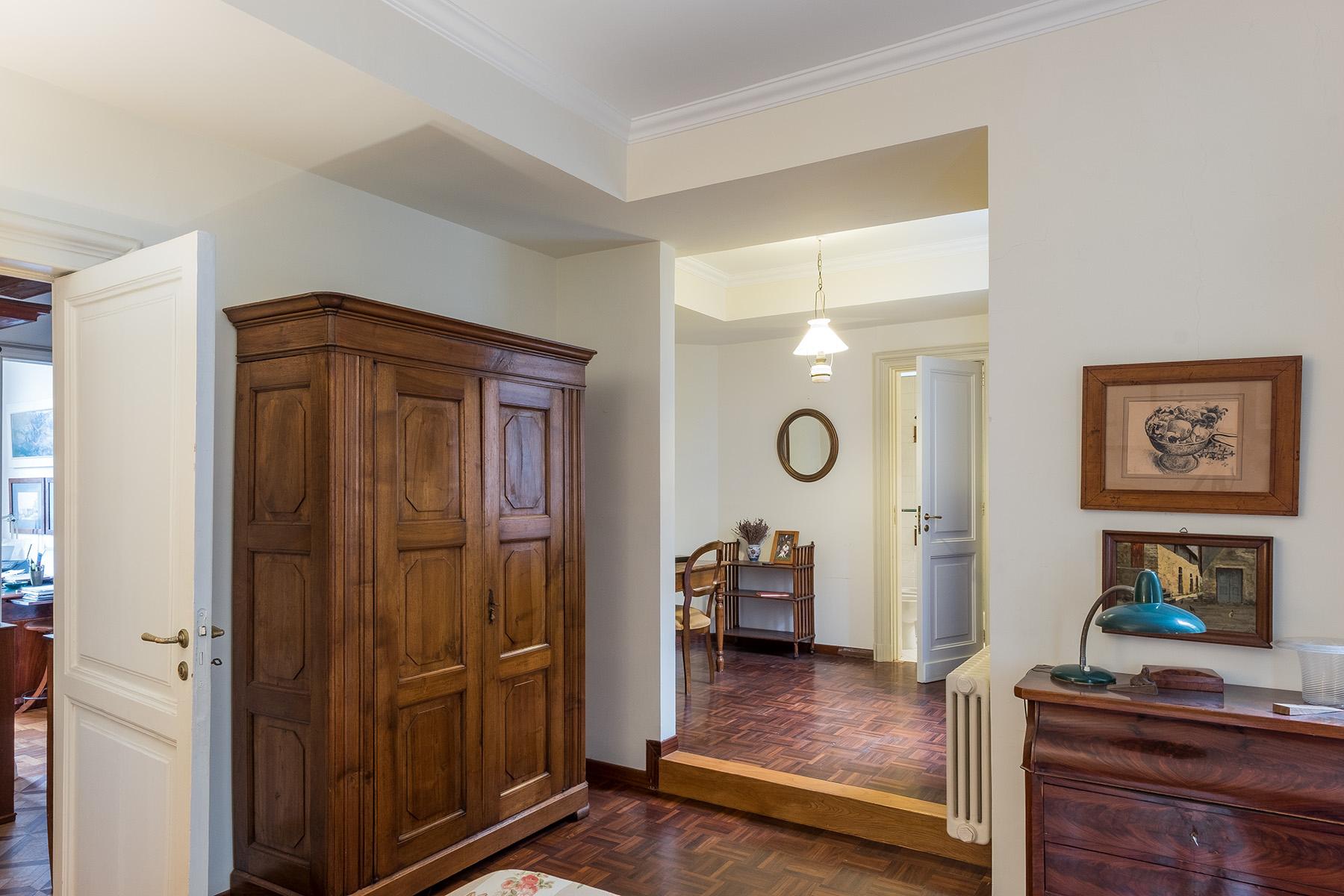 Appartamento in Vendita a Napoli: 5 locali, 400 mq - Foto 10
