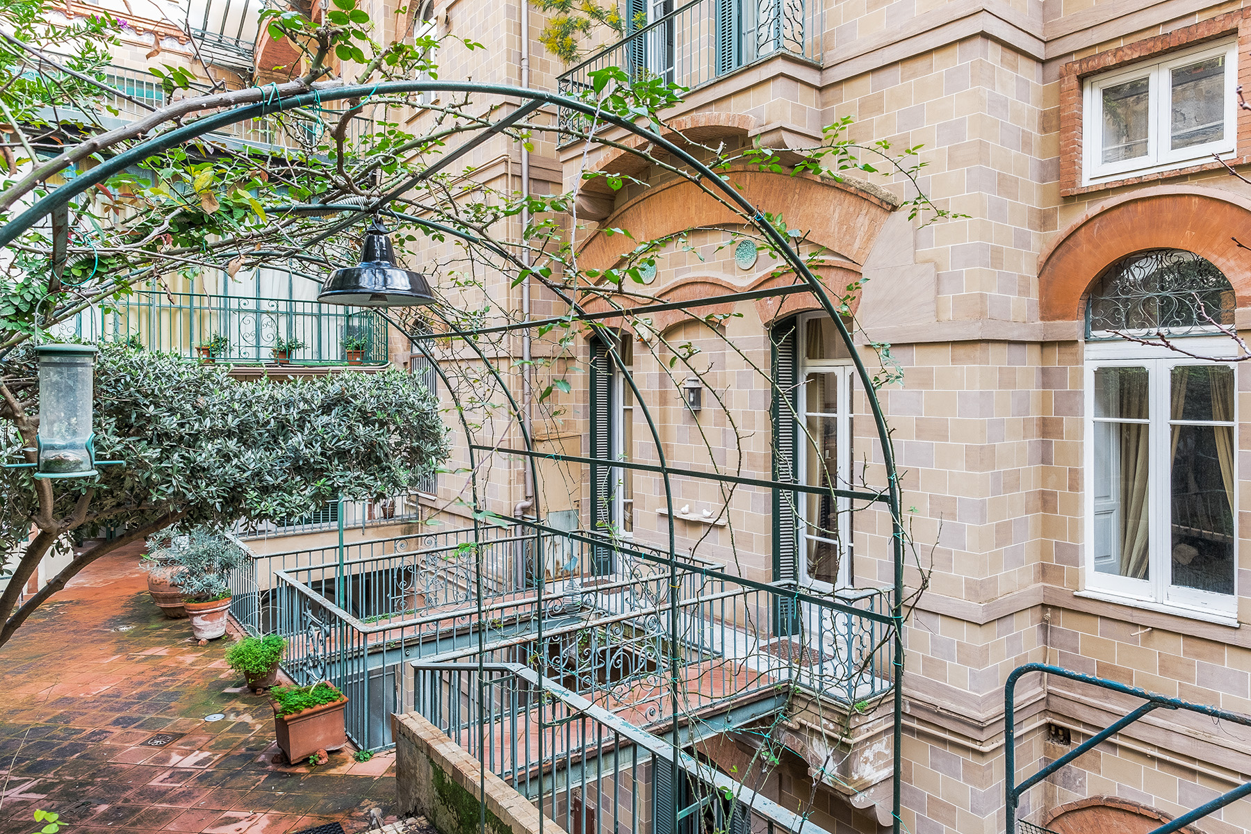 Appartamento in Vendita a Napoli: 5 locali, 400 mq - Foto 9