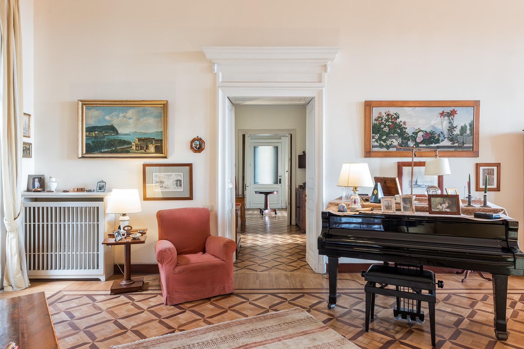 Appartamento in Vendita a Napoli: 5 locali, 400 mq - Foto 13