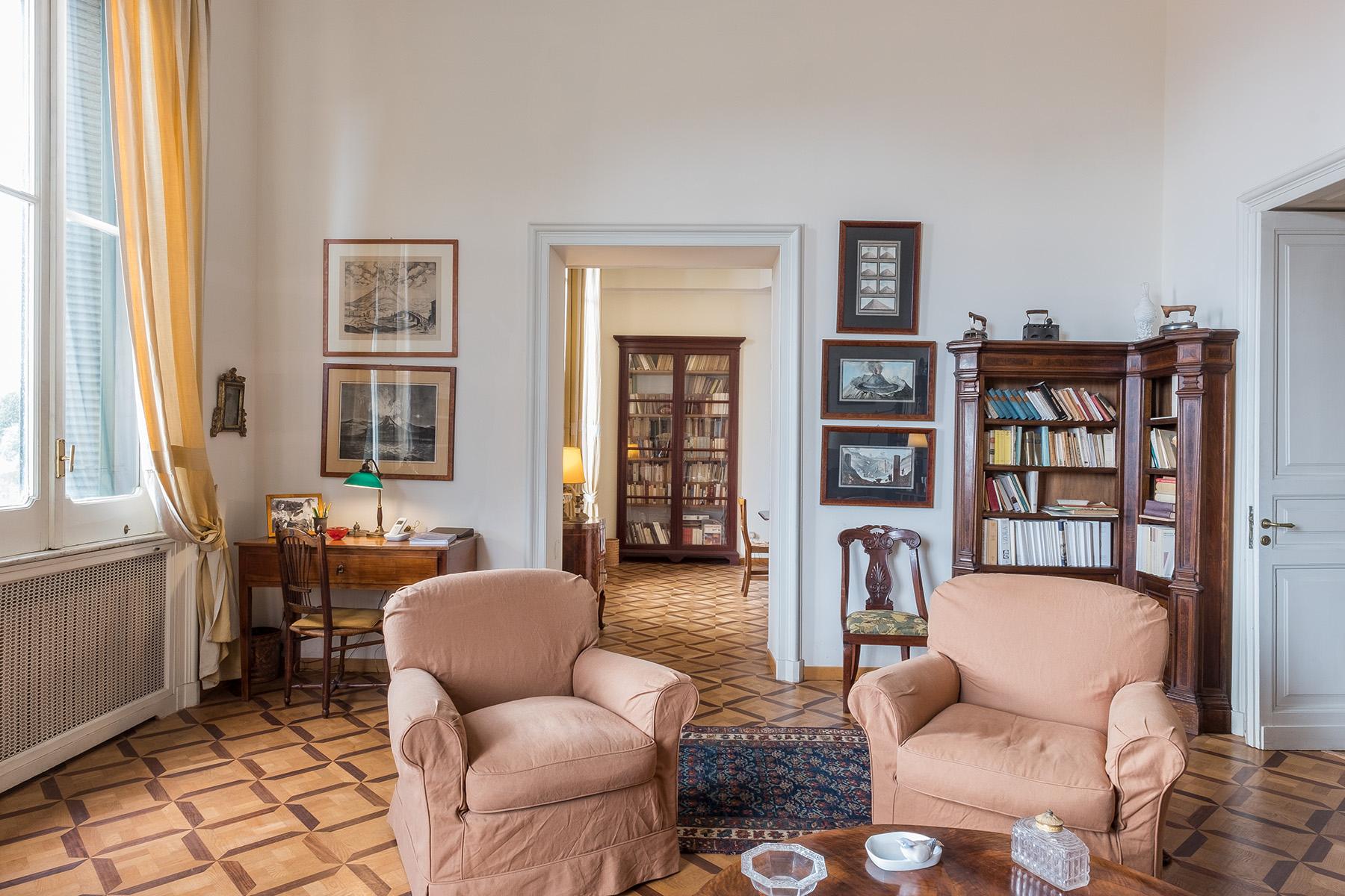 Appartamento in Vendita a Napoli: 5 locali, 400 mq - Foto 16