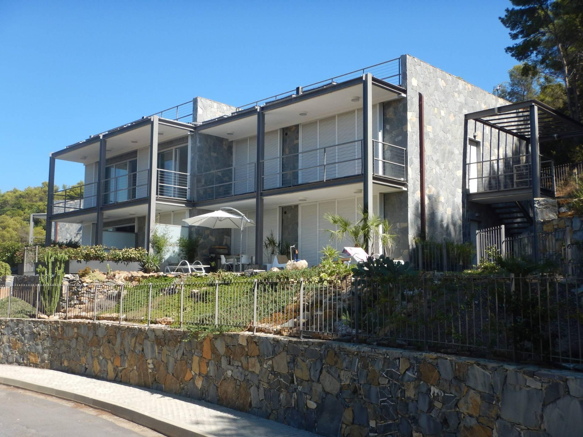Appartamento in Vendita a Andora: 4 locali, 134 mq