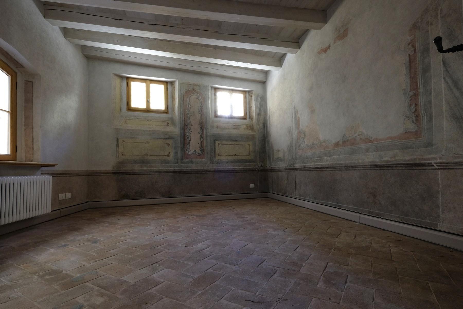 Appartamento in Vendita a Belluno: 5 locali, 220 mq - Foto 2